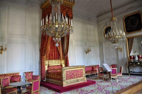 chambre des m騁ier le grand trianon à versailles