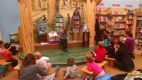 Barnes Noble Storytime by Barnes And Noble Storytime Walpole Ma South Of