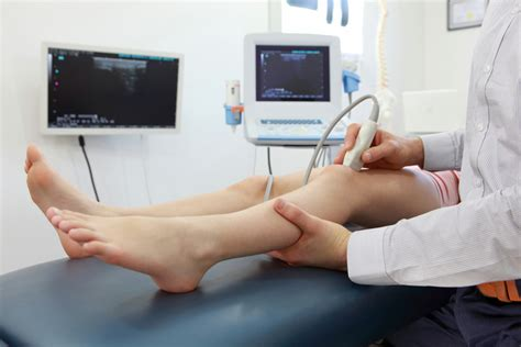 What are the common knee pathologies which can be ...