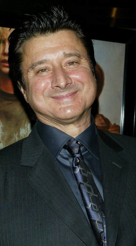journey frontman steve perry performs    time