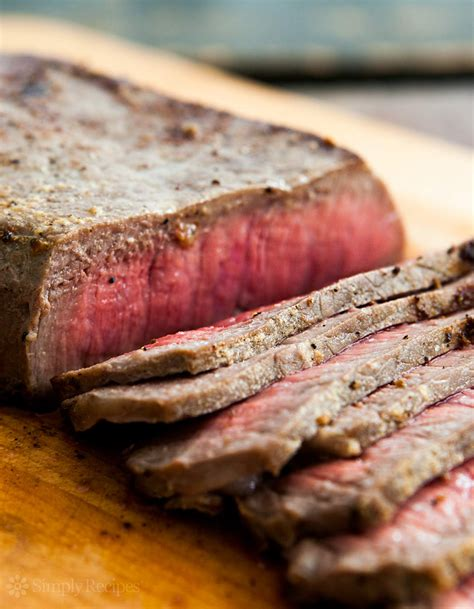 how to broil steak in the oven pan fried london broil steak recipe simplyrecipes com