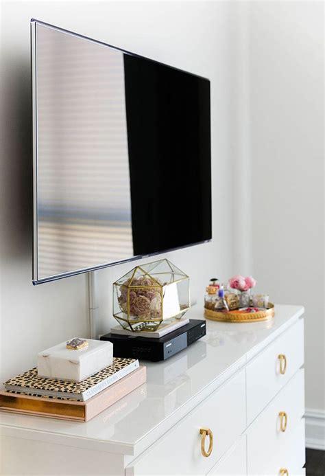 Best Tv For Bedroom by Best 25 Bedroom Tv Ideas On Apartment Bedroom