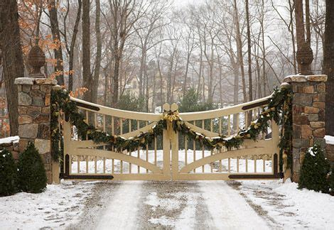 Comfortable And Inviting Home Holidays by Comfortable And Inviting Home For The Holidays Gates And