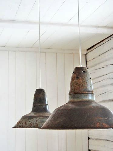 10 vintage industrial style ceiling lights