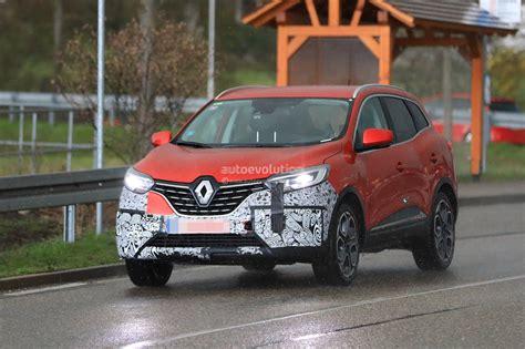 2019 Renault Kadjar by 2019 Renault Kadjar Facelift Shows Redesigned Grille In