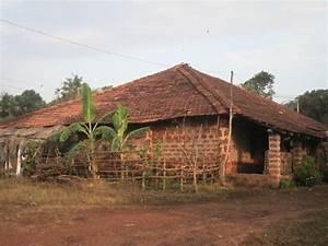 Panoramio - Photo of Traditional Goa Village house