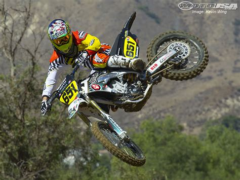 motocross bike photos dirt bikes jumping
