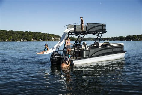 Best Pontoon Boats For 2018 by Harris Solstice Pontoon Review Best Pontoon Boats Of 2018