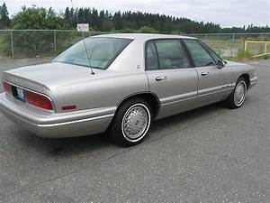 Buy Used 1996 Buick Park Avenue Base Sedan 4