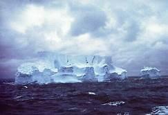 Antartctic icebergs