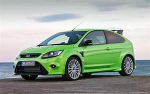 Ford Focus 3 Rs : 2010 ford focus rs first drive motor trend ~ Dallasstarsshop.com Idées de Décoration