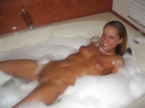 Blonde Milf Waiting Nude In Bed Pics XHamster