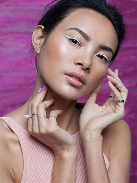 inspiring white eyeliner  ideas  modern fashion blog
