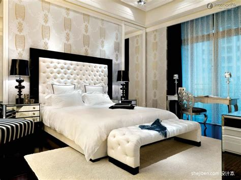 Bedroom Decorating Ideas Wallpaper by Master Bedrooms Master Bedroom Wallpaper Decoration
