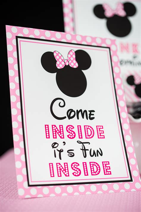minnie mouse birthday party printables  invitation