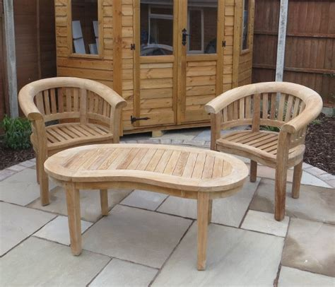 crescent shaped garden table and chair set
