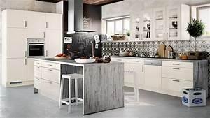 Küchen Mit Elektrogeräten Günstig Kaufen : k chen gut und g nstig kaufen ~ Bigdaddyawards.com Haus und Dekorationen