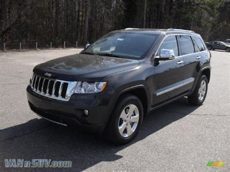 2011 Jeep Grand Cherokee Limited In Dark Charcoal Pearl