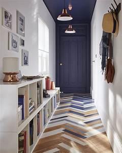 un joli couloir entree avec son parquet peint en tons With parquet peint