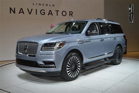 2018 Lincoln Navigator Adds Refinement, Luxury And 450hp