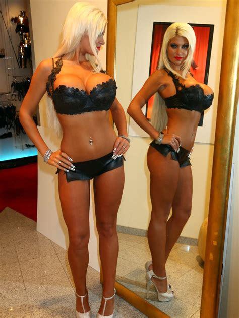 Bimbo Role Model Sophia Vegas Wollersheim Pink Bimbo