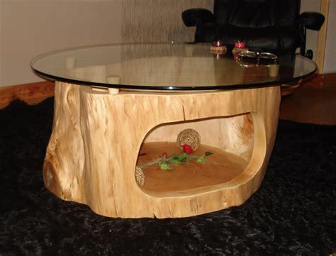 Holztisch Mit Glasplatte by Holztisch Mit Glasplatte Und Baumstamm