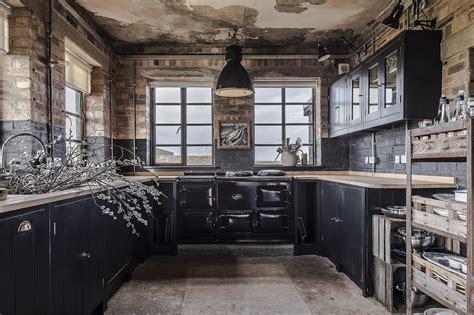 hms owl black kitchen  british standard