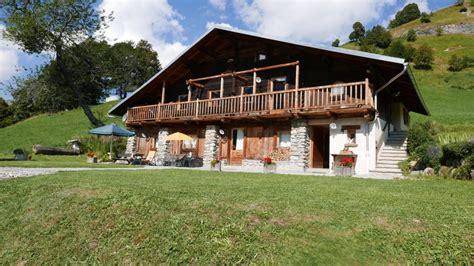 location chalet individuel chalet du planay magnifique chalet d alpage int 233 rieur bois