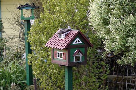 casas para pajaros paso a paso para poner una casa para p 225 jaros en el jard 237 n
