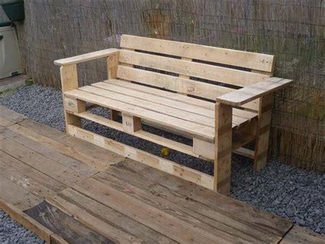 chaise de cuisine avec accoudoir 10 diy well designed pallet bench ideas diy and crafts