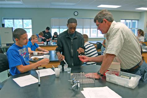 Upward Bound Math And Science Students Get Taste Of College At Cccc 07052013  News Archives