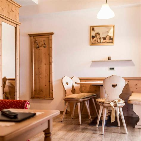 San Vigilio Marebbe Appartamenti by Vivere A San Vigilio Di Marebbe In Alto Adige Garni Diamant