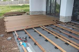 Unterkonstruktion Terrasse Holz : terrasse holz selbst verlegen ~ Whattoseeinmadrid.com Haus und Dekorationen