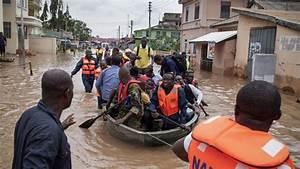 Floods leave many dead in southern Ghana | News | Al Jazeera