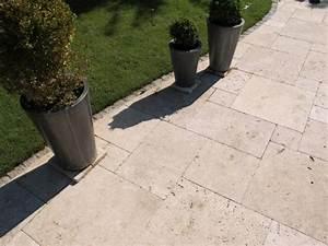 Sitzgruppe Für Terrasse : travertin naturstein beige terrassenplatten muster ~ Sanjose-hotels-ca.com Haus und Dekorationen