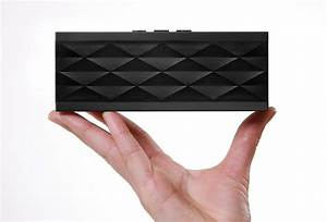 What's In My Diaper Bag: Jawbone Jambox Review - Finding ...