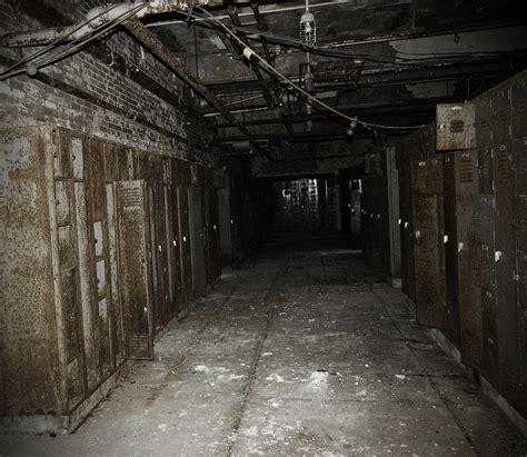 creepy school basement   ideas home cosiness