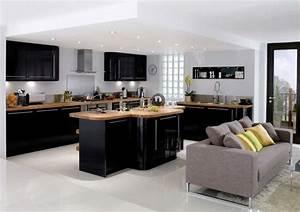 Cuisine noire et bois moderne et elegante for Meuble de salle a manger avec cuisine bois et noir