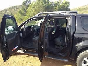 Nissan Navara Double Cabine : troc echange nissan navara platinum double cab toutes options sur france ~ Gottalentnigeria.com Avis de Voitures