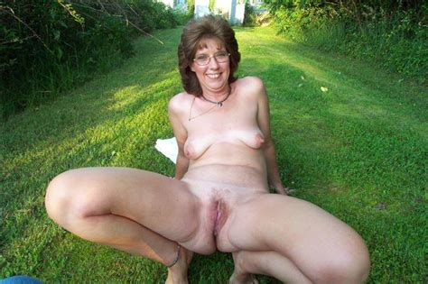 I Offered These Naturist Women To Spread Their Legs For Camera If I Show Them How I Masturbate