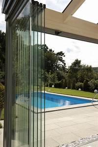 Windschutz Glas Terrasse : wandgestaltung wohnzimmer windschutz aus edelstahl ~ Whattoseeinmadrid.com Haus und Dekorationen