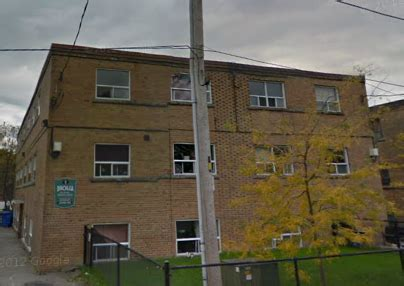 1 bedroom apartments for rent at 5 11 birchlea avenue