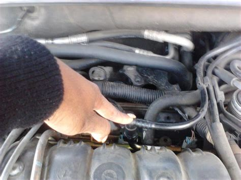 buick lesabre fuel  leaks   connects