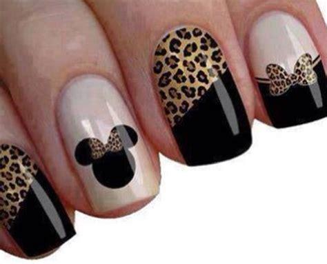 minnie mouse nails  disney nail inspiration