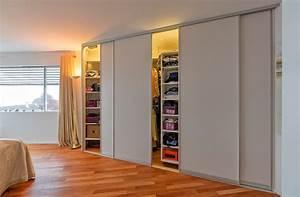 Begehbarer Kleiderschrank Regale : begehbarer schrank durch drehregale mit innenbeleuchtung auf zu ~ Sanjose-hotels-ca.com Haus und Dekorationen