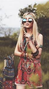 Mode Hippie Chic : coiffure hippie beaut naturelle de l esprit rebelle ~ Voncanada.com Idées de Décoration