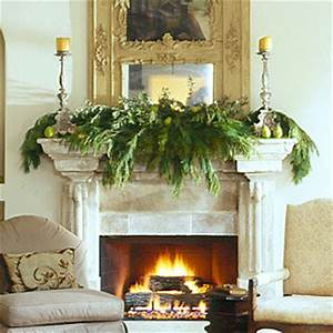 Art House Design Mantel decorations for the holidays