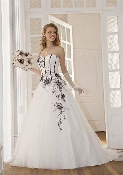 robe de mariage noir et blanche robes de mari 233 e en noir et blanc