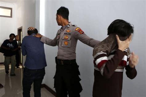 2 Men In Indonesia Sentenced To Caning For Having Gay Sex