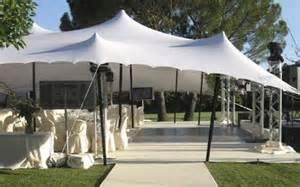 location de tente pour mariage mariage à la française contemporain et sofistiqué location de tente chapiteau